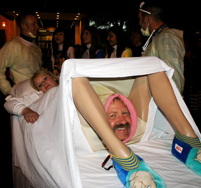 Funny-and-Unique-Halloween-Costume-Pictures