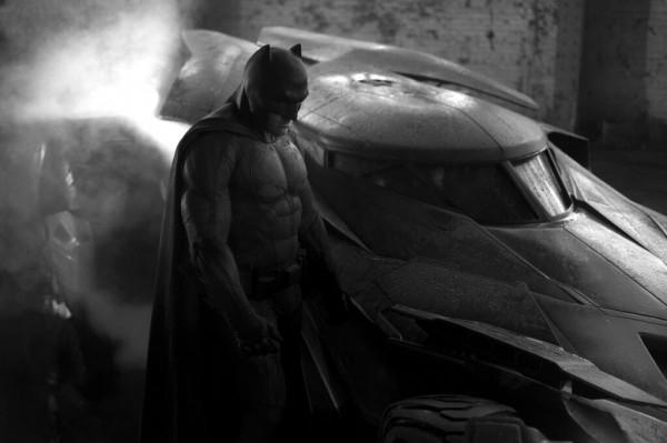 batman-vs-supermanmobil
