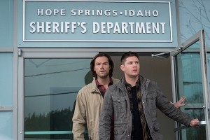 """Supernatural -- """"Don't Call Me Shurley"""" -- Image SN1120A_0006.jpg -- Pictured (L-R): Jared Padalecki as Samand Jensen Ackles as Dean -- Photo: Liane Hentscher/The CW -- © 2016 The CW Network, LLC. All Rights Reserved"""