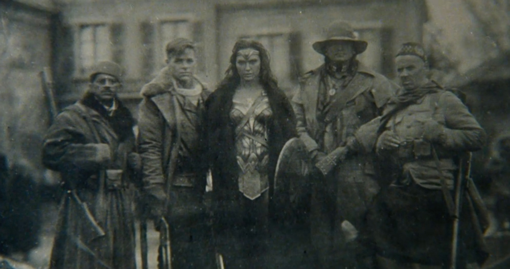 wonder-woman-wwi-plate-photograph-236467