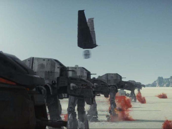 star-wars-the-last-jedi-at-at-696x522
